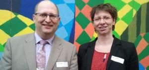 11. Schulentwicklungstag Schwaben am Gymnasium Buchloe: Schulleiter Stefan Düll und Direktoratsmitarbeiterin Birigt Schöffler