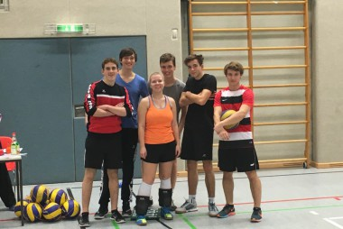 """Gemeinsam stark - eine Erfolgreiche Spielerin unter erfolgreichen Spielern: Das Team """"Schmetterlinge"""" macht Platz 3"""